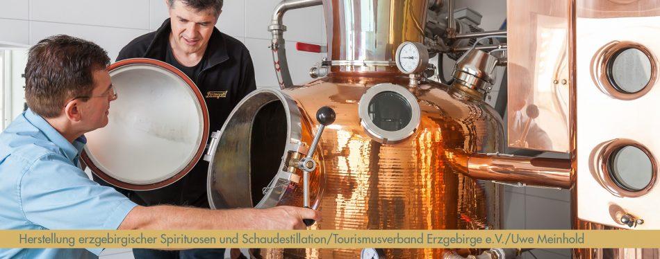 HErstellung erzgebirgischer Spirituosen_Lautergold17_Foto_TVE_Uwe_Meinhold - Kopie_bearb_schmal