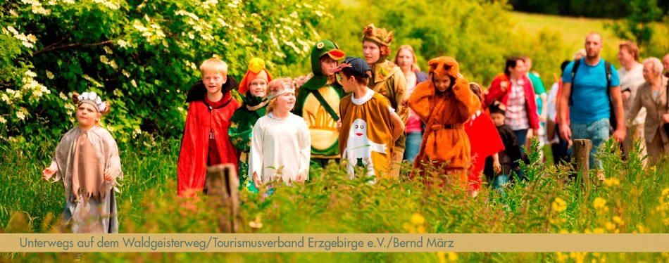 Fruehjahrswanderwoche_Waldgeisterweg_Foto_TVE_B.Maerz_bearb_schmal